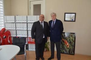 Kurum müdürümüz , Kanada Büyükelçili Syn. John Holmes ile beraber.
