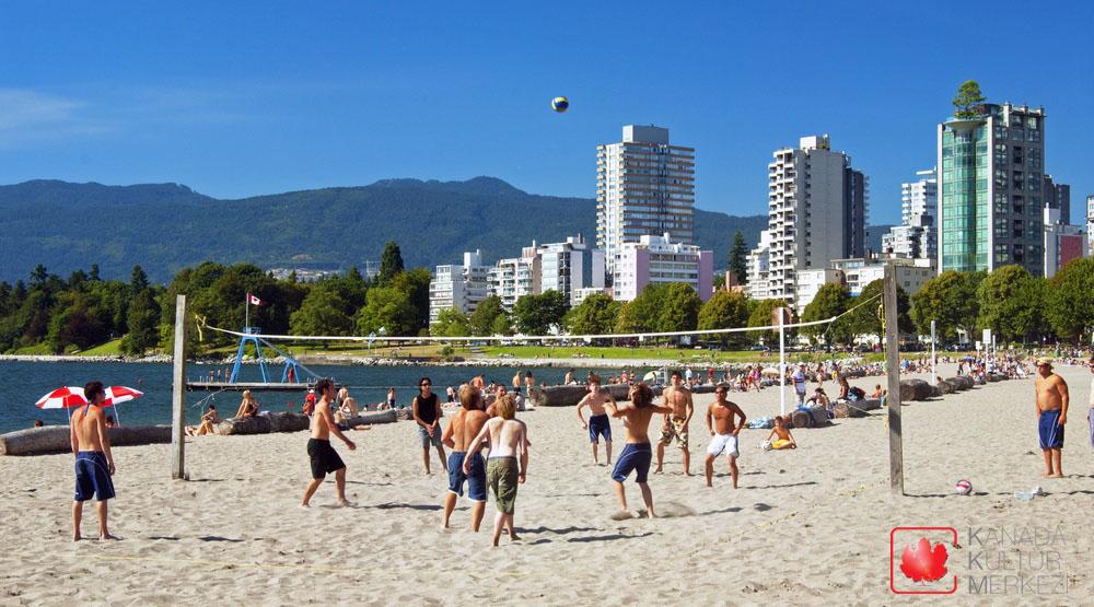 Vancouver'ın iklimi diğer şehirlere oranla daha ılımandır.